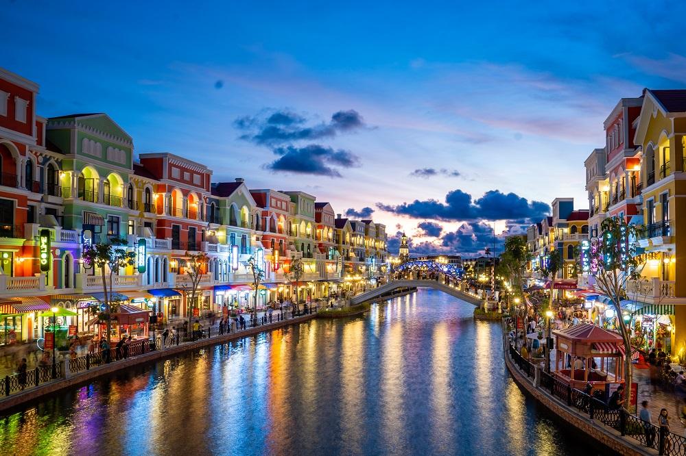 Khu Shanghai Grandworld nổi bật với sông Venice thơ mộng